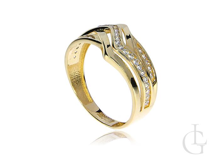 Złoty pierścionek szeroki z cyrkoniami
