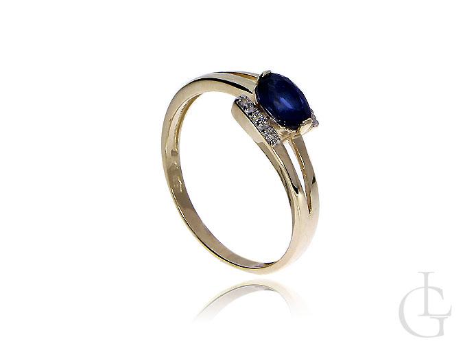 Pierścionek na zaręczyny ze złota pr.0,585 z szafirem naturalnym i brylantami