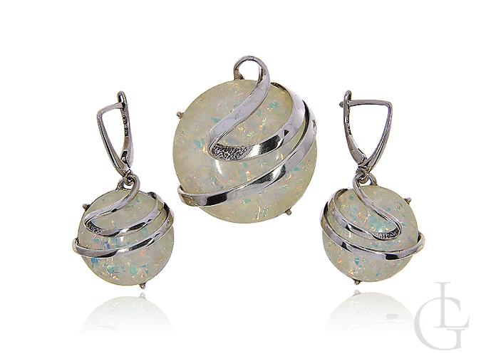 Komplet biżuterii ze srebra rodowanego z opalem syntetycznym