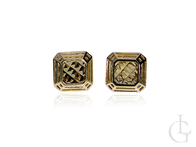 Złote kolczyki pr.0,585 kwadraty na wkręty