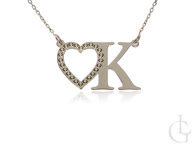 Łańcuszek złoty pr.0,585 z inicjałem K i serduszkiem, celebrytka złota z literką K naszyjnik złoty z literką k