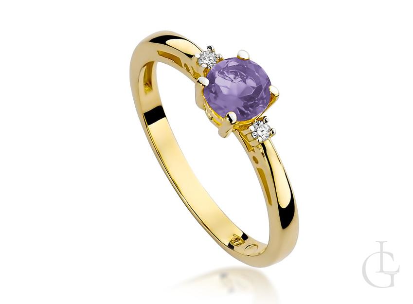 Złoty pierścionek zaręczynowy z brylantami i ametystem