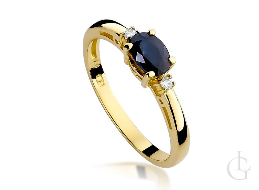 Pierścionek zaręczynowy z szafirem i diamentami