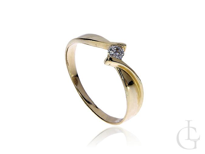 Pierścionek na zaręczyny ze złota pr.0,585 z cyrkonią