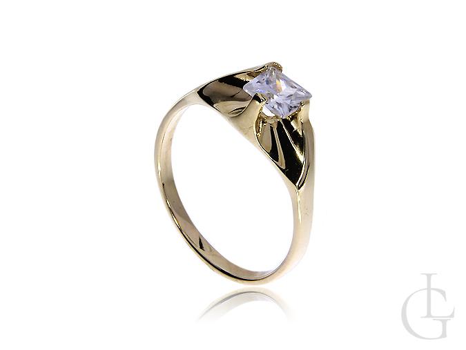 Pierścionek ze złota pr.0,585 na zaręczyny z okazałą cyrkonią