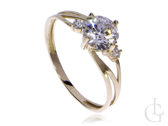 Pierścionek zaręczynowy ze złota pr.0,585 z cyrkoniami