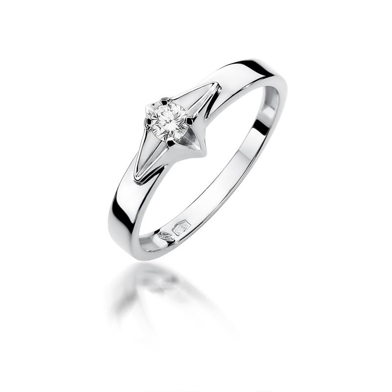 Cudowny pierścionek zaręczynowy z białego złota z brylantem