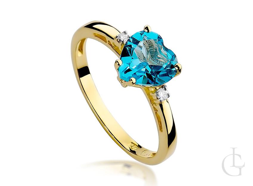 Złoty pierścionek z serduszkiem topaz i brylanty