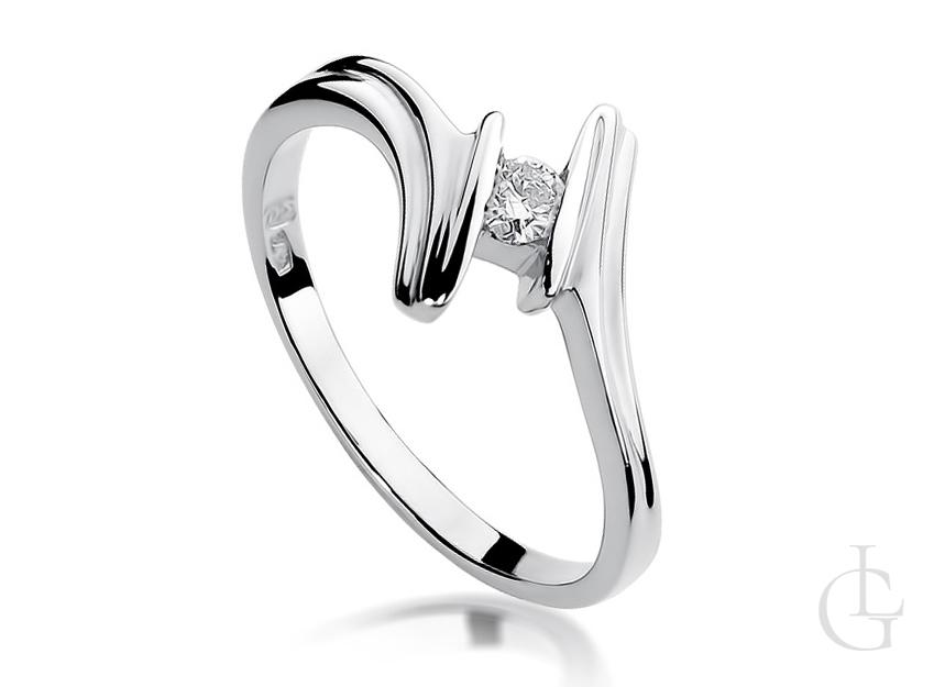 Pierścionek zaręczynowy z białego złota z brylanetem