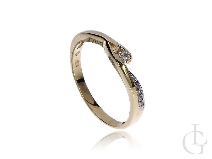 Pierścionek na zaręczyny ze złota pr.0,585 z brylantami