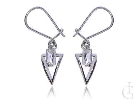 Kolczyki wiszące ze srebra pr.0,925 trójkąty z cyrkoniami