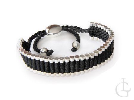 Bransoletka sznurkowa z elementami w kolorze srebra
