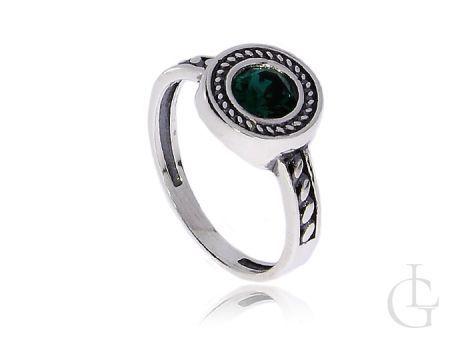 Srebrny pierścionek z szmaragdowym kamieniem Swarovskiego