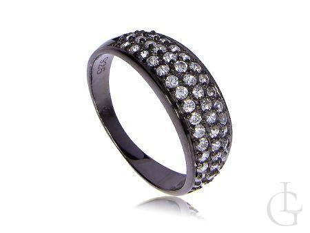 Elegancki pierścionek srebrny pokrywany czarnym rodem z cyrkoniami