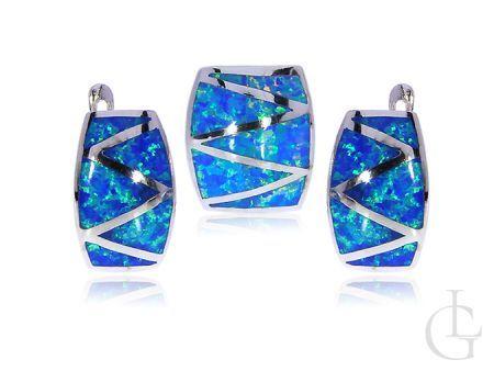 Komplet biżuterii srebrnej z opalem kolczyki i zawieszka na łańcuszek srebro opal niebieski
