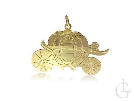 Zawieszka srebrna pozłacana na łańcuszek karoca