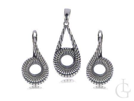 Srebrny komplet biżuterii damskiej kolczyki zapięcie angielskie wisiorek srebro 0.925