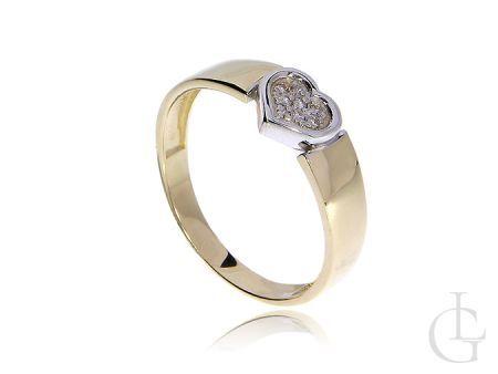 Złoty pierścionek z diamentami w serduszku