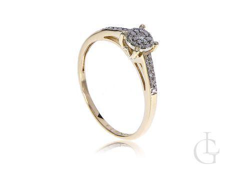 Pierścionek zaręczynowy złoty z brylantami