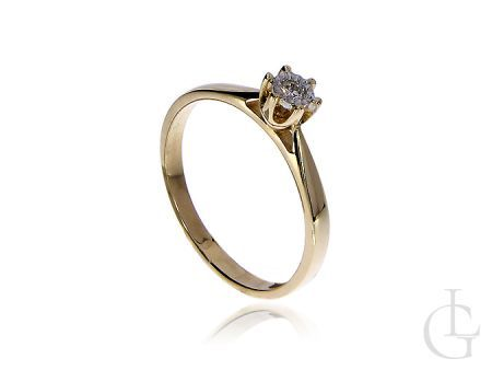 Pierścionek na zaręczyny z żółtego złota z brylantem