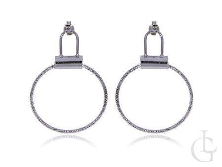 Ciekawe i modne kolczyki na sztyft ze srebra rodowanego pr.0,925 koła