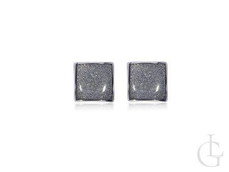 Kolczyki ze srebra pr.0,925 angielskie zapięcie w kolorze połyskującego srebra