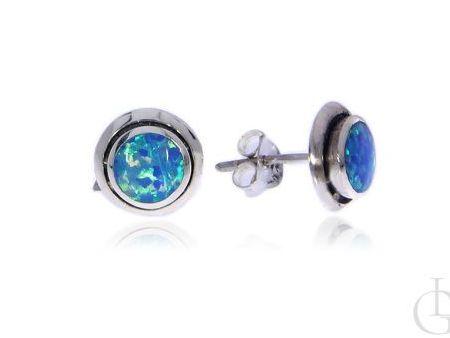 Kolczyki ze srebra rodowanego pr.0,925 z opalem błękitnym