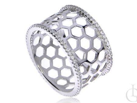 Szeroka ażurowa obrączka pierścionek z cyrkoniami srebro rodowane pr.0,925