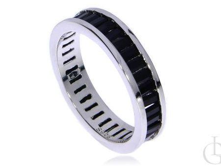 Obrączka ze srebra rodowanego pr.0,925 z czarnymi cyrkoniami