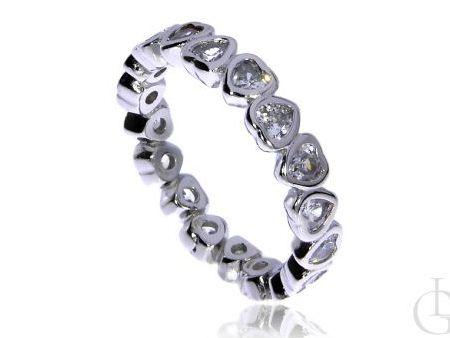 Romantyczna obrączka ze srebra rodowanego pr.0,925 z serduszkami