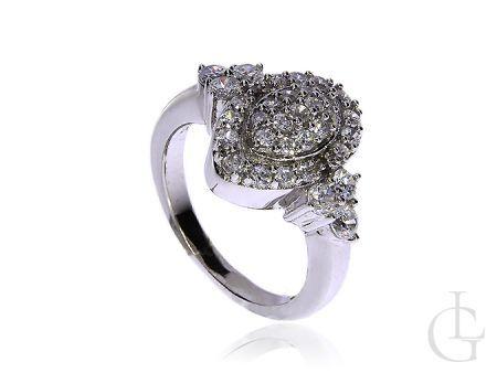 Piękny pierścionek ze srebra rodowanego pr.0,925 z cyrkoniami