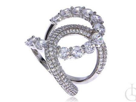 Piękny finezyjny pierścionek ze srebra rodowanego pr.0,925 z cyrkoniami