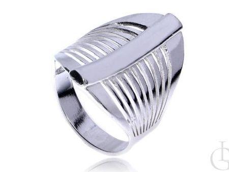 Szeroki okazały pierścionek ze srebra pr.0,925