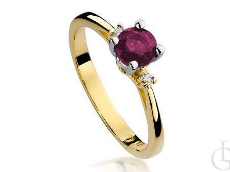 Pierścionek zaręczynowy z rubinem i brylantami żółte złoto pr.0,585