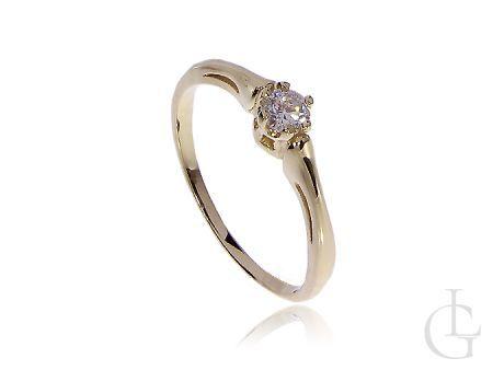 Elegancki złoty pierścionek zaręczynowy z kamieniem