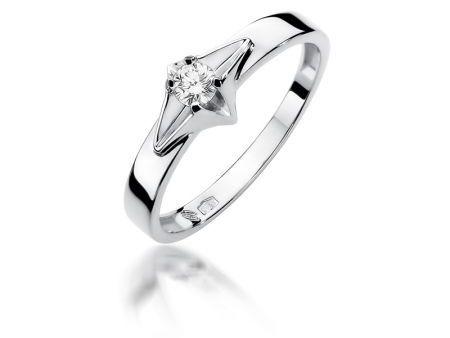 Cudowny pierścionek zaręczynowy z białego złota z diamentem