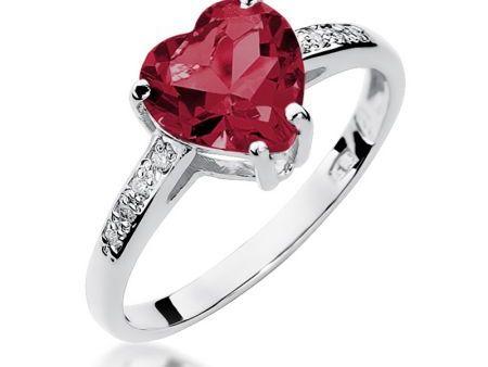 Piękny pierścionek z białego złota pr.0,585 z rubinem w kształcie serca i brylantami