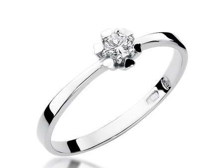 Delikatny pierścionek z białego złota pr.0,585 z brylantem na zaręczyny