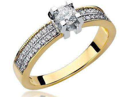 Pierścionek z klasycznego złota pr.0,585 z diamentami na zaręczyny prezent