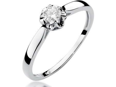 Urokliwy pierścionek zaręczynowy z białego złota pr.0,585 z diamentem