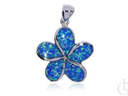 Zawieszka ze srebra rodowanego pr.0,925 kwiatek z opalem błękitnym