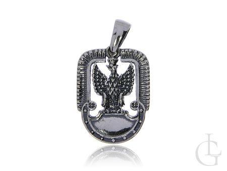 Wisior ze srebra pr.0,925 z oksydą w postaci orła w koronie